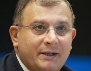 ジル・セラリーニ仏カーン大学教授